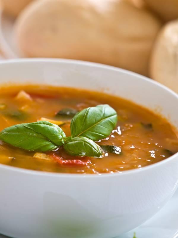 Zucchini & Tomato Soup | VitaMedica