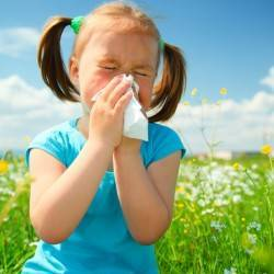Little girl and allergies