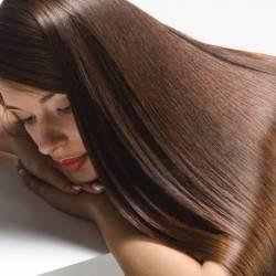 8 Nutrients for Healthy Summer Hair