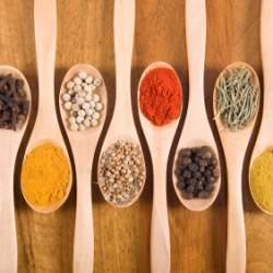 12 Health-Promoting Herbs & Spices
