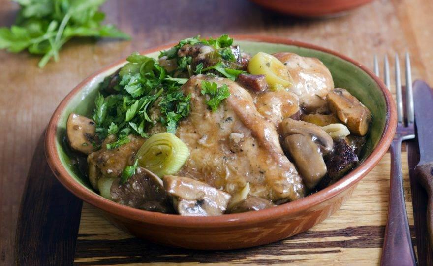 Chicken Dijon With Leeks & Mushrooms